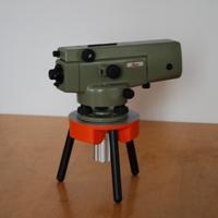 Leica NA2