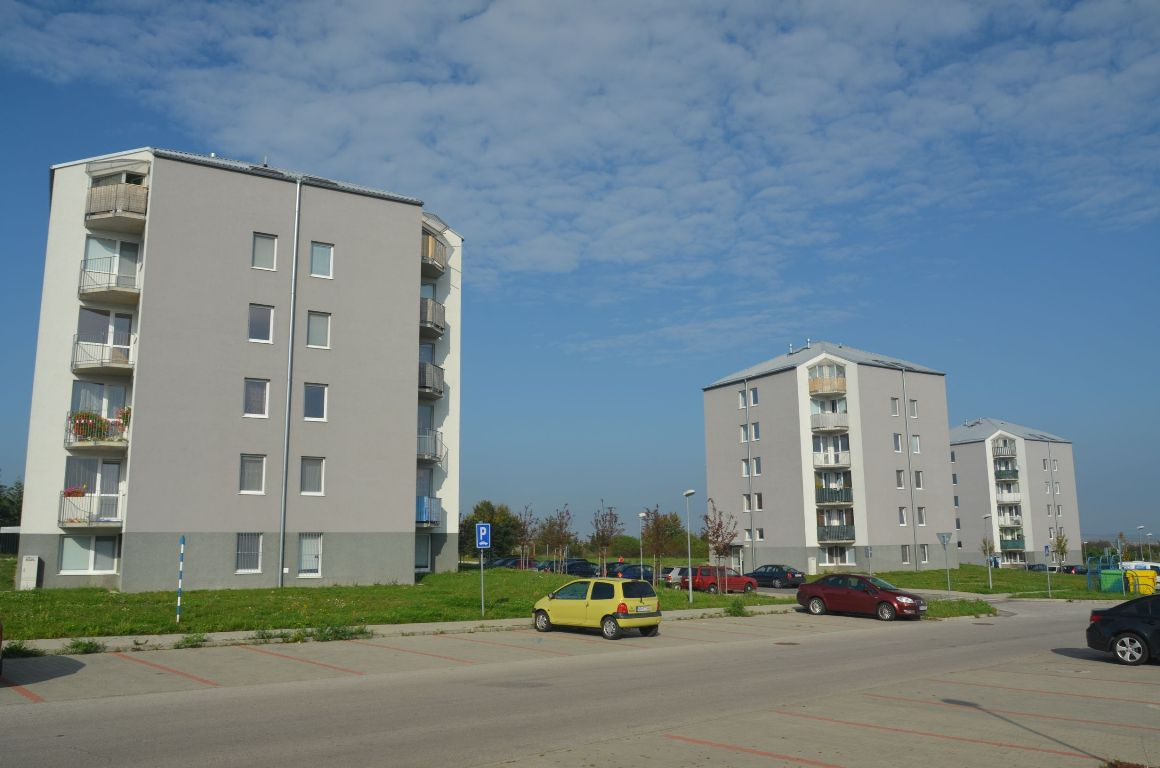 Bytové domy sídlisko Nitra-Diely 2