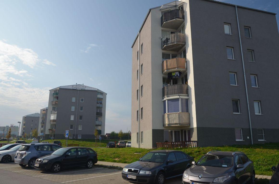 Bytové domy sídlisko Nitra-Diely 4
