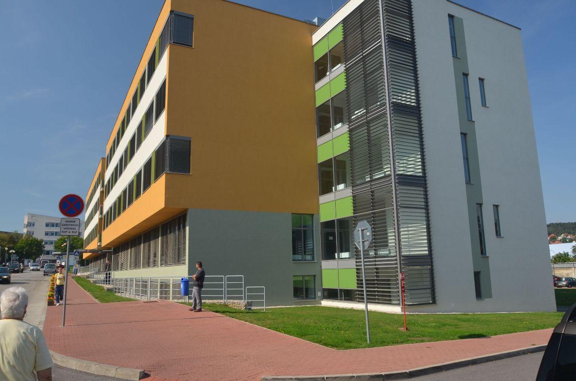 Liečebný pavilón, Fakultná nemocnica Nitra 1