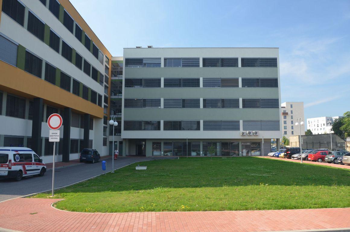 Liečebný pavilón, Fakultná nemocnica Nitra 2