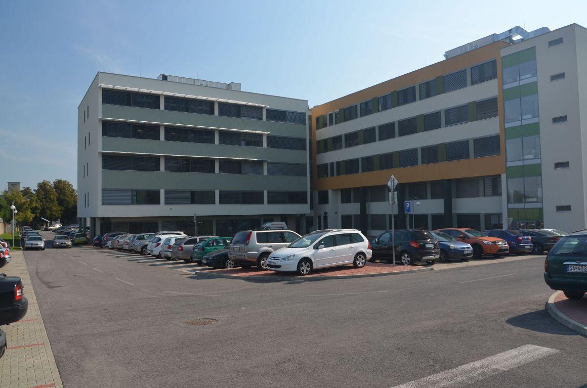 Liečebný pavilón, Fakultná nemocnica Nitra 3