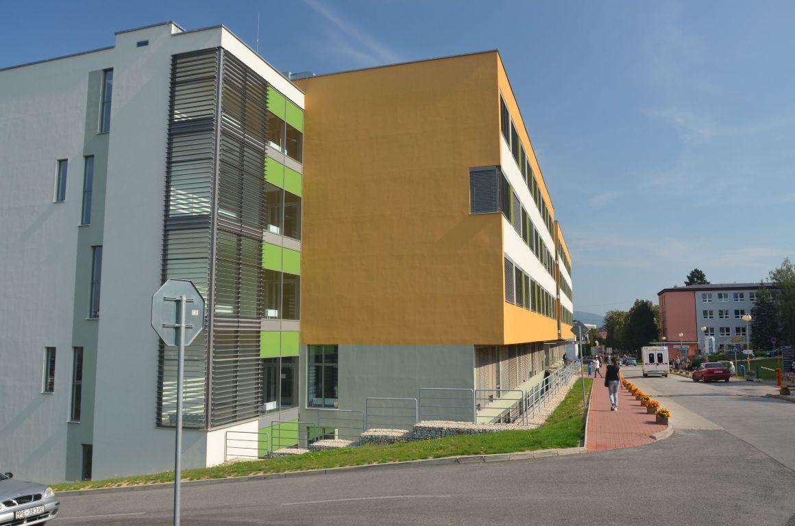 Liečebný pavilón, Fakultná nemocnica Nitra 5