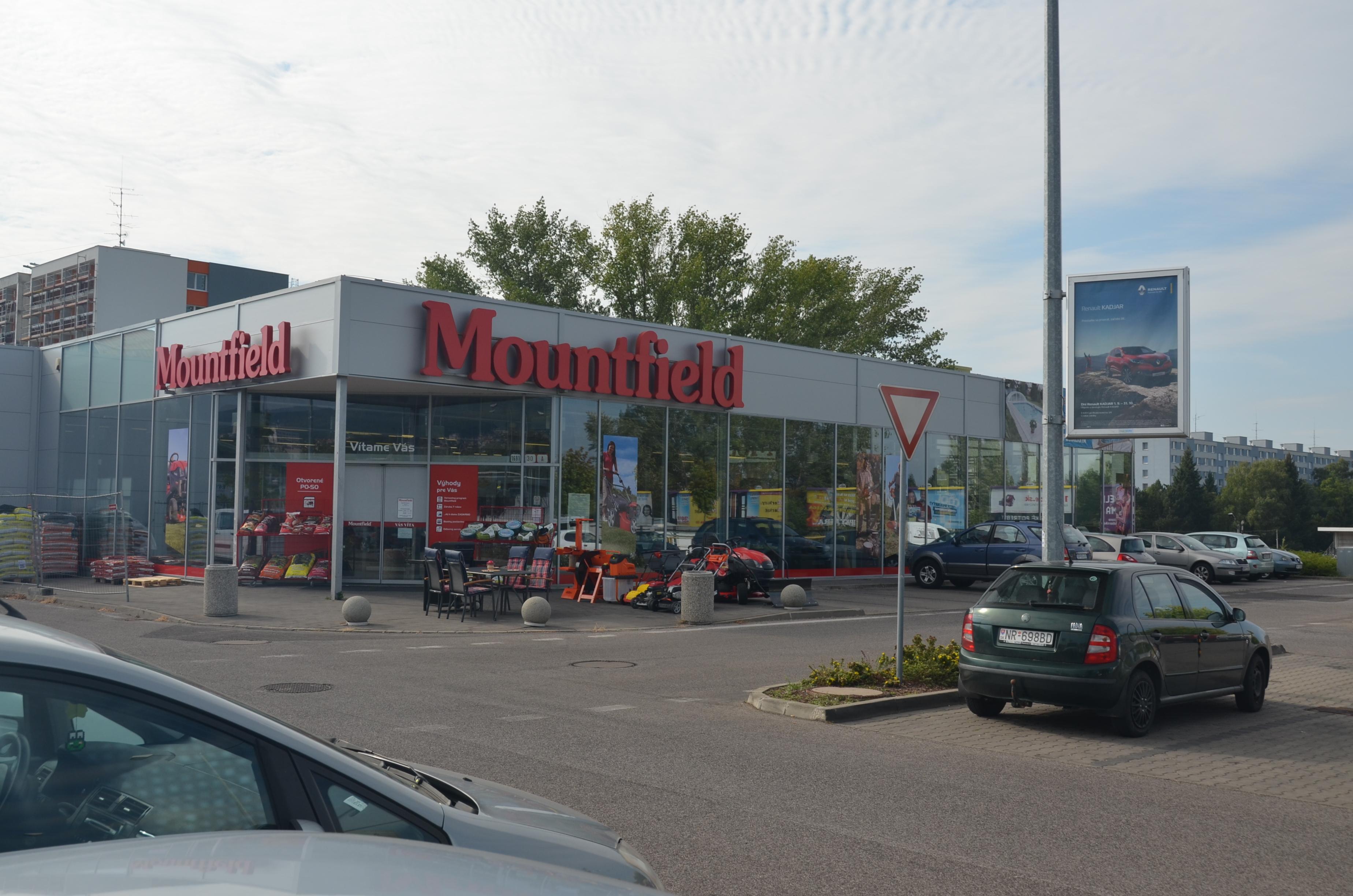 Obchodné centrum Nitra-Chrenová 3